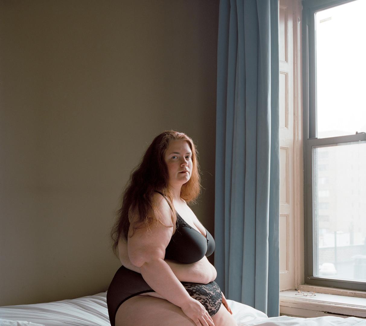 Jocelyn Lee, Untitled (Susie at Chelsea Hotel), 2009