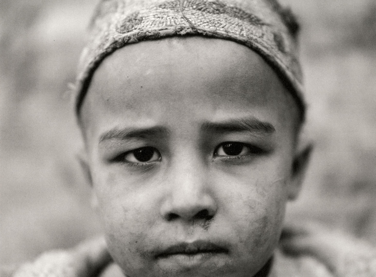 Fazal Sheikh, Afghan child born in exile, Afghan Refugee Village, Khairabad, Northern Pakistan, 1997