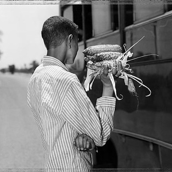 Jim Goldberg, Bus Stop #2, Greece, 2006