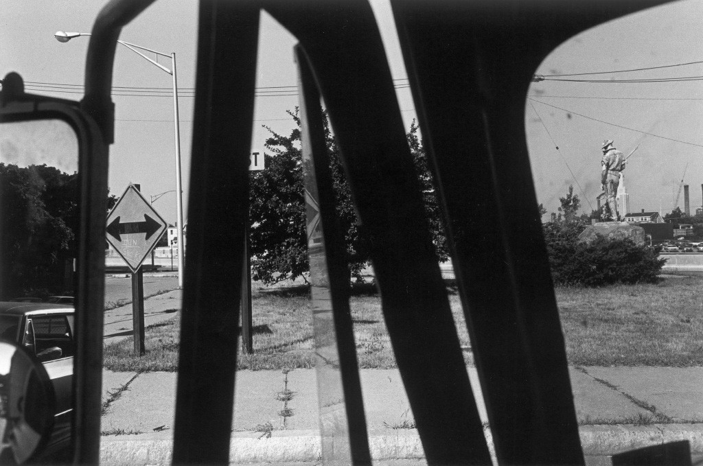 Lee Friedlander, New Jersey (Statue), 1971