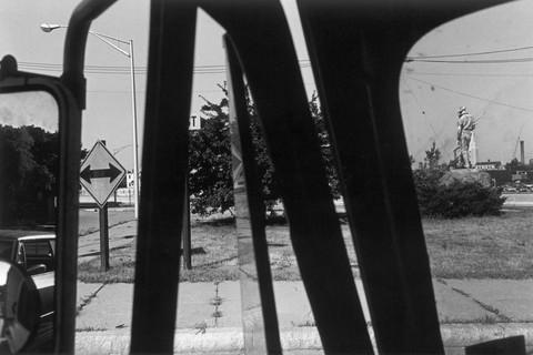 Lee Friedlander, New Jersey (Statue), 1971