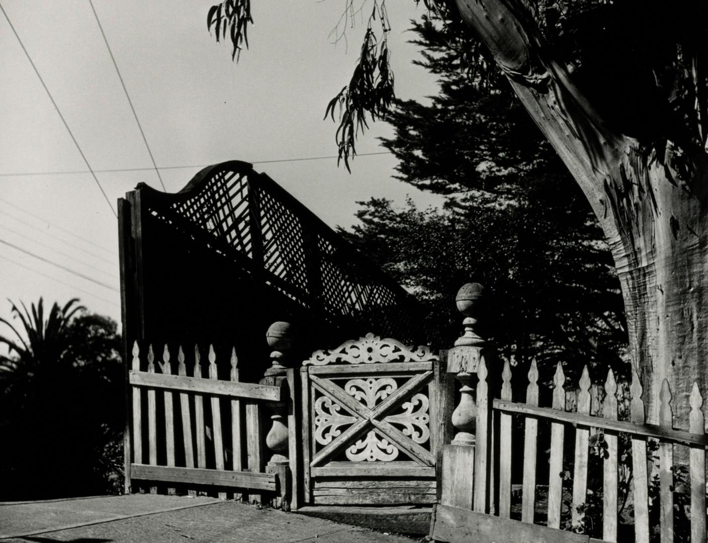 Irving Penn, 99-Year-Old House, San Francisco, 1947