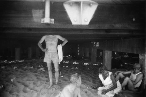 Garry Winogrand, Coney Island, New York, 1952