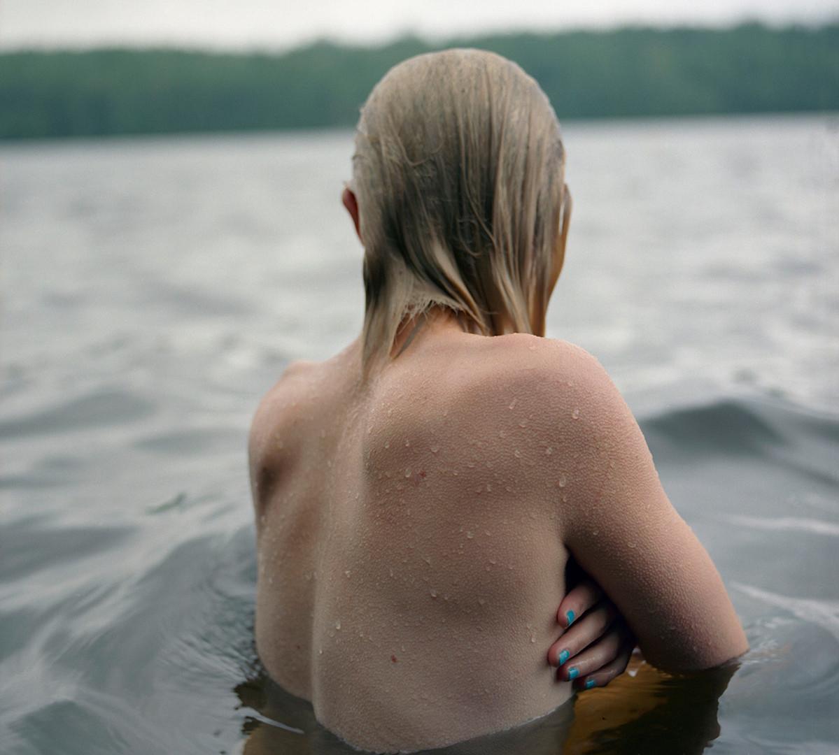 Jocelyn Lee, Untitled (Fiona in water), 2008