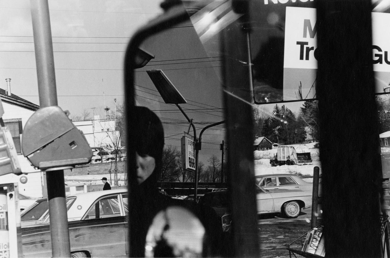 Lee Friedlander, Hillcrest, New York, 1970