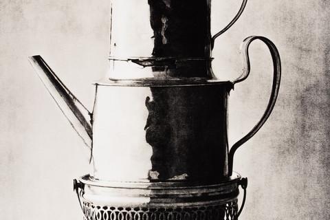 Irving Penn, Three-Tiered Vessel, New York, 2007