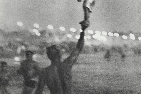 Richard Avedon, Santa Monica Beach #4, September 30, 1963