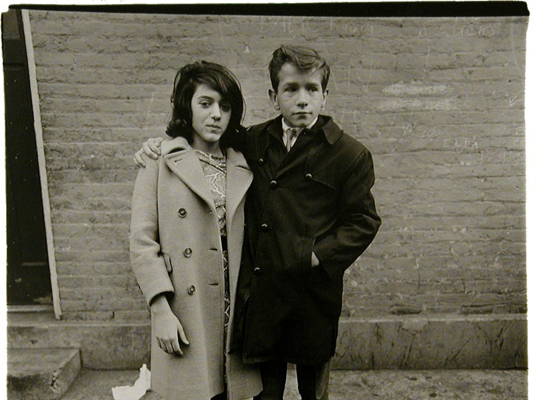 Diane Arbus, Teenage couple on Hudson Street, N.Y.C., 1963