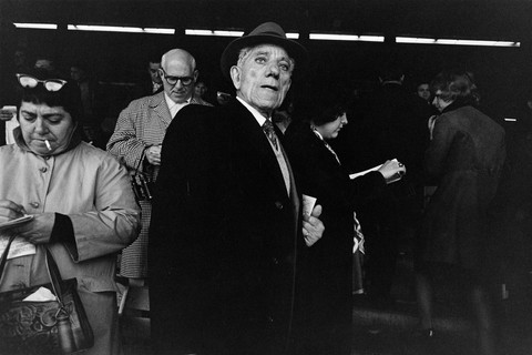 Tod Papageorge, Aqueduct Racetrack, New York, 1970