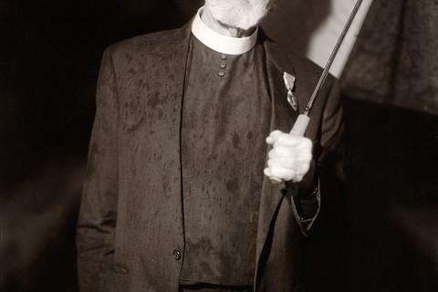 Judith Joy Ross, Canon John C. Fowler, Protesting the U.S. War in Iraq, Allentown, Pennsylvania, 2006