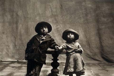 Irving Penn, Cuzco Children, Cuzco, 1948