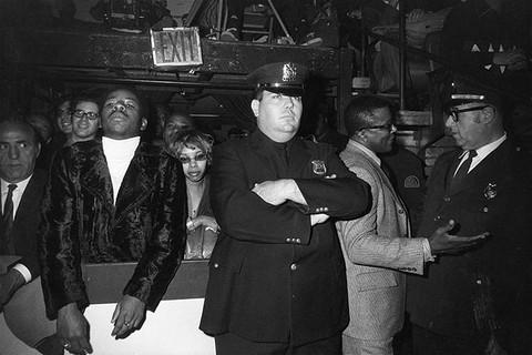 Garry Winogrand, Muhammad Ali-Oscar Bonavena Fight, Madison Square Garden, New York , 1970