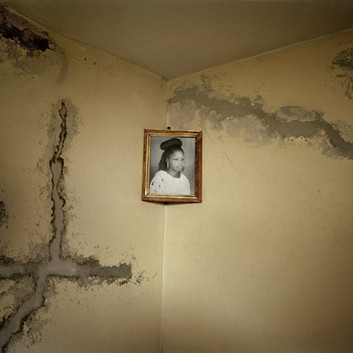 Jim Goldberg, Home of Boy who Died Trying to Get to Europe, Senegal, 2008