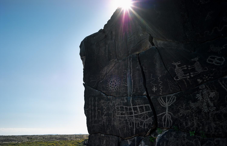 Mark Klett, Petroglyphs near Sears Point, Gila River, 2014