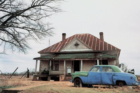 William Christenberry, House and Car, near Akron, Alabama, 1981