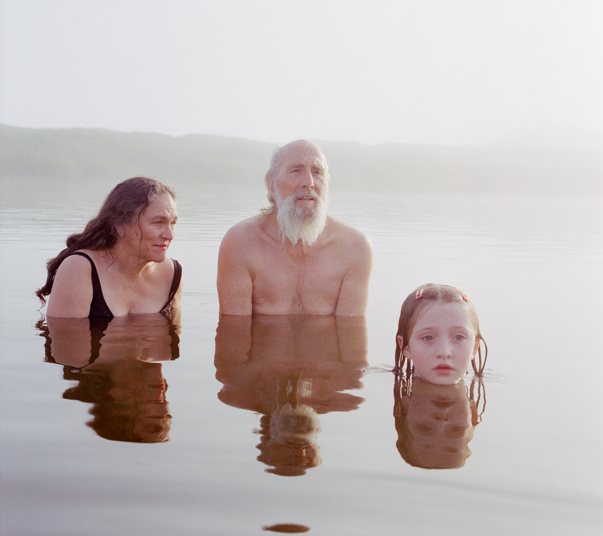 Jocelyn Lee, Untitled (Family at Fog Pond), 2005