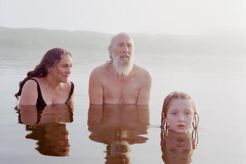Jocelyn Lee, Untitled (Family at Fog Pond), 2005