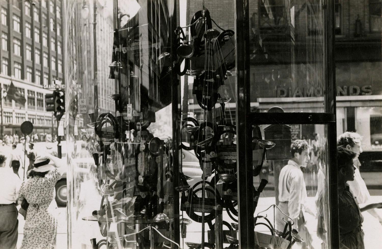 Harry Callahan, Detroit, c. 1942
