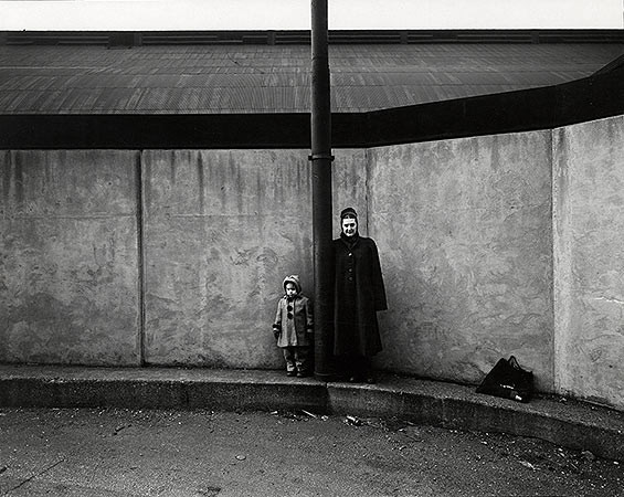 Harry Callahan, Eleanor and Barbara, Chicago, 1953