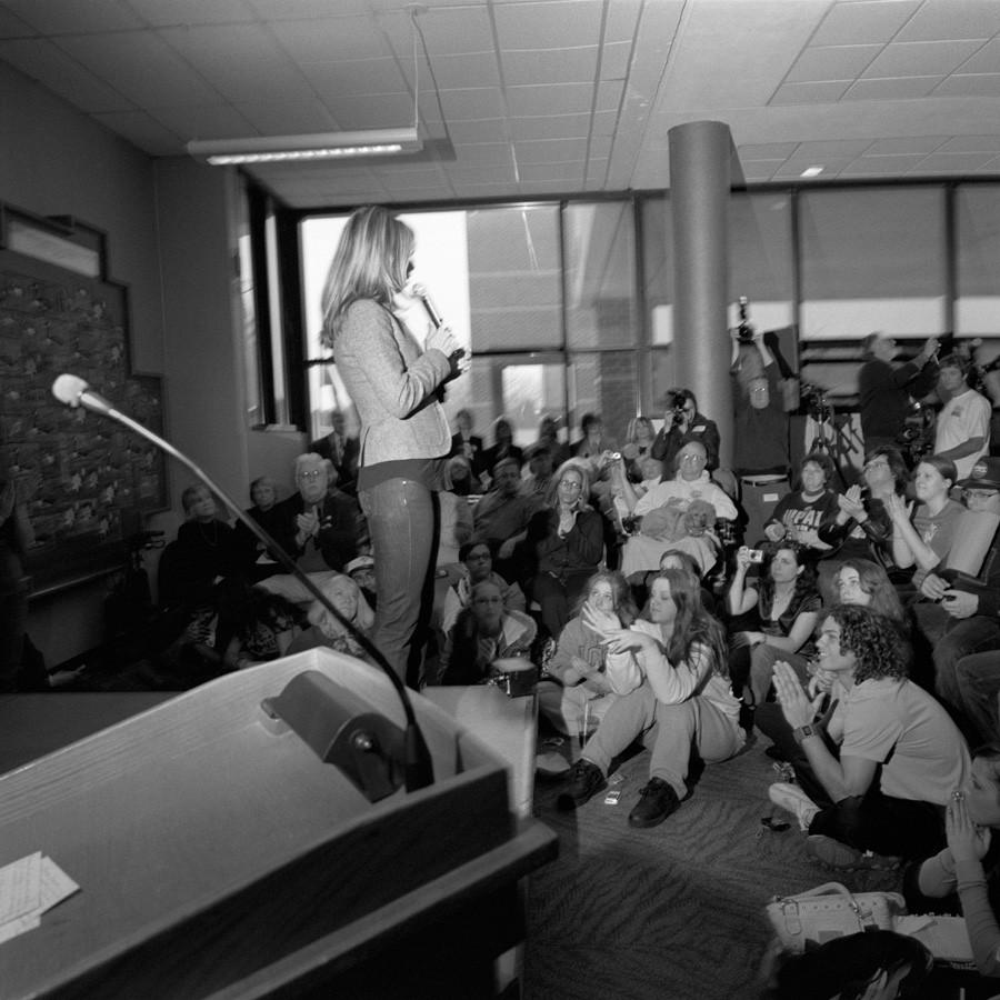 Larry Fink, Chelsea Clinton, PA, 2008