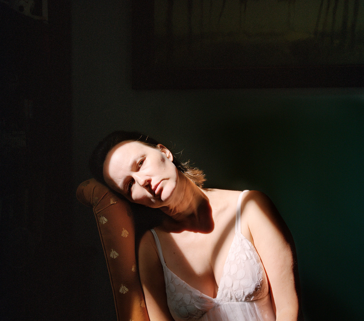 Jocelyn Lee, Untitled (Marguerite in harsh light), 2010