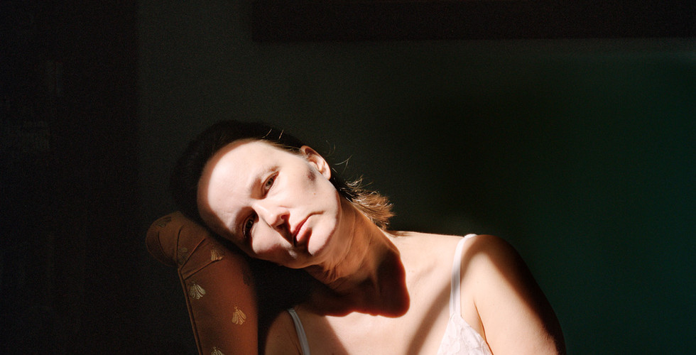 Jocelyn Lee, Untitled (Marguerite in harsh light), 2010