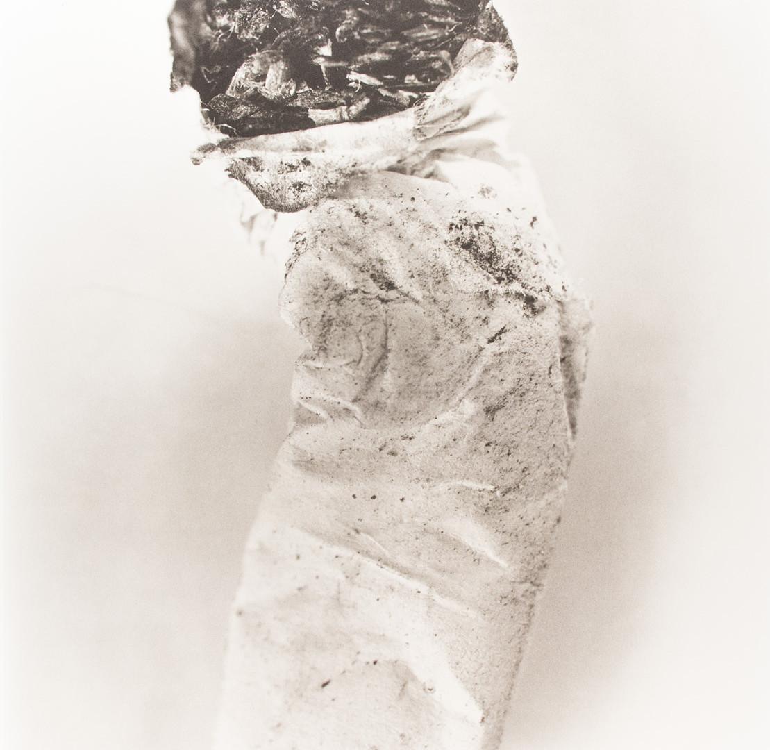 Irving Penn, Cigarette No. 8, New York, 1974