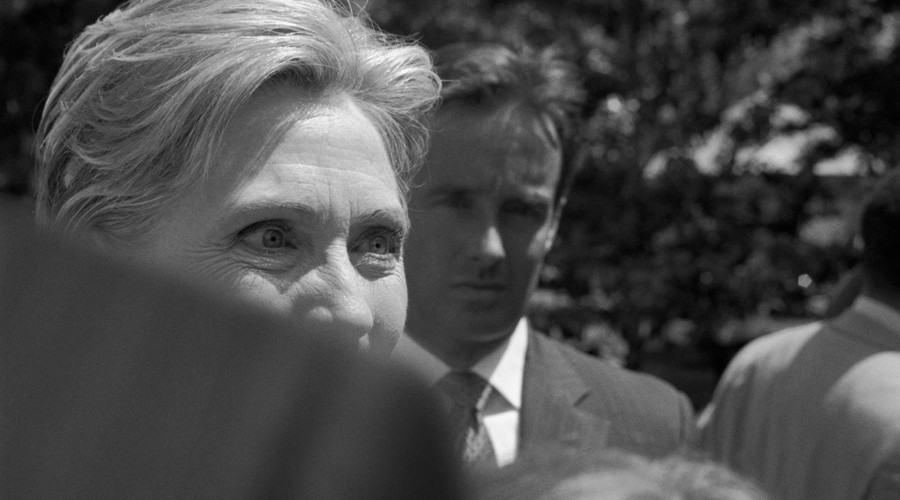 Larry Fink, Hillary Clinton, NC and IN, 2008