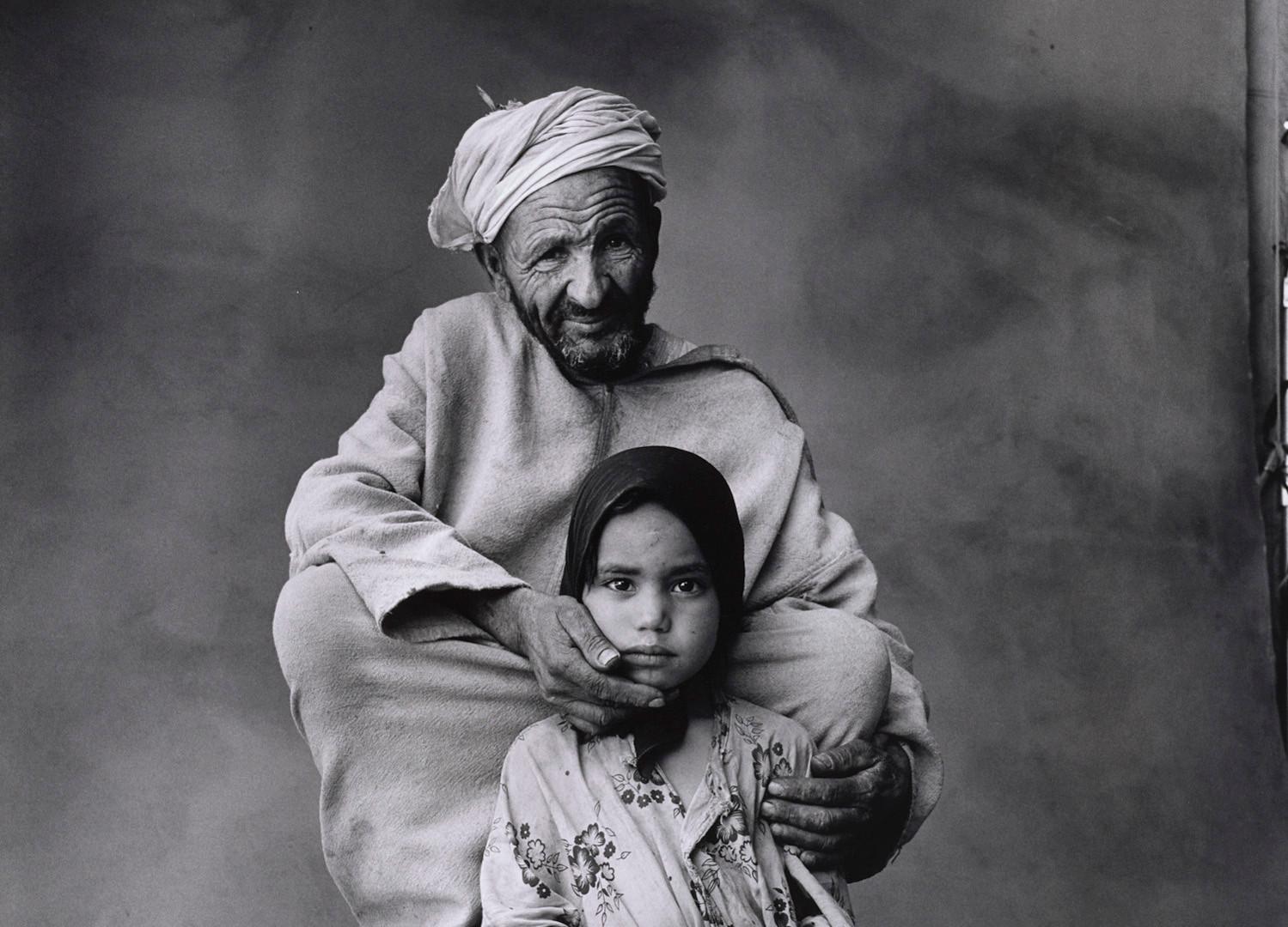 Irving Penn, Young Girl and Grandfather, Morocco, 1971