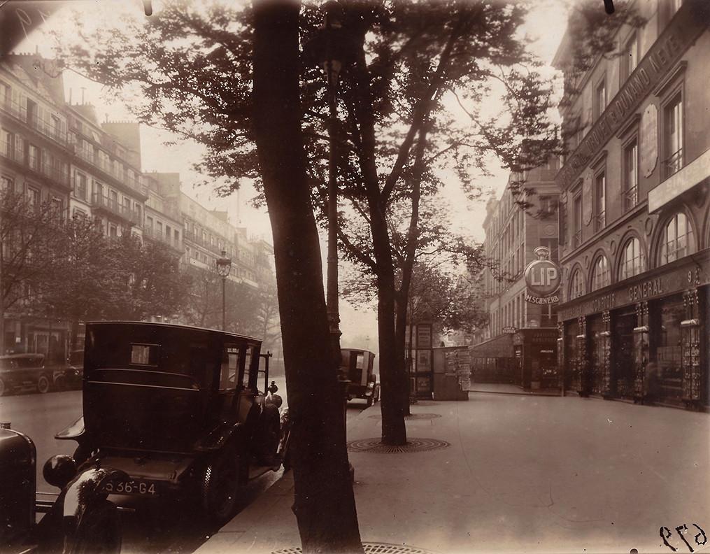 Eugène Atget, Boulevard de Bonne-Nouvelle, 1926