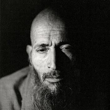 Fazal Sheikh, Haji Nadir, Afghan refugee village, Khairabad, north Pakistan, 1998