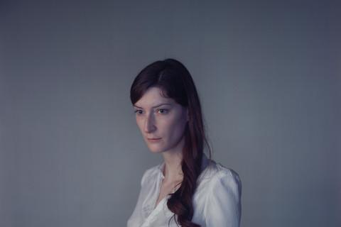 Richard Learoyd, Jasmijn Away to the Light, 2010