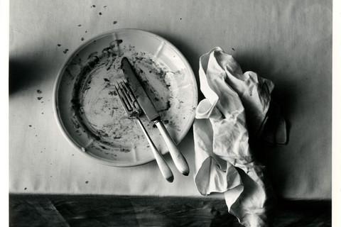 Irving Penn, The Empty Plate, New York, 1947