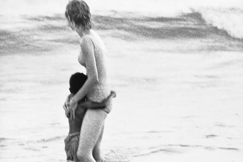 Richard Avedon, Santa Monica Beach #2, September 30, 1963