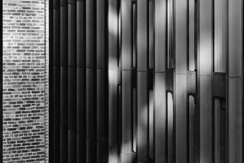 Nicholas Nixon, View of Pi Alley and The Boston Co. Building, Boston, 2008