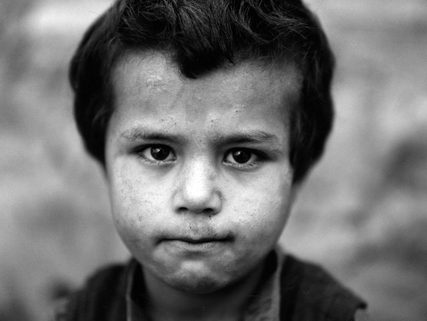 Fazal Sheikh, Afghan child born in exile, Northern Pakistan, 1997