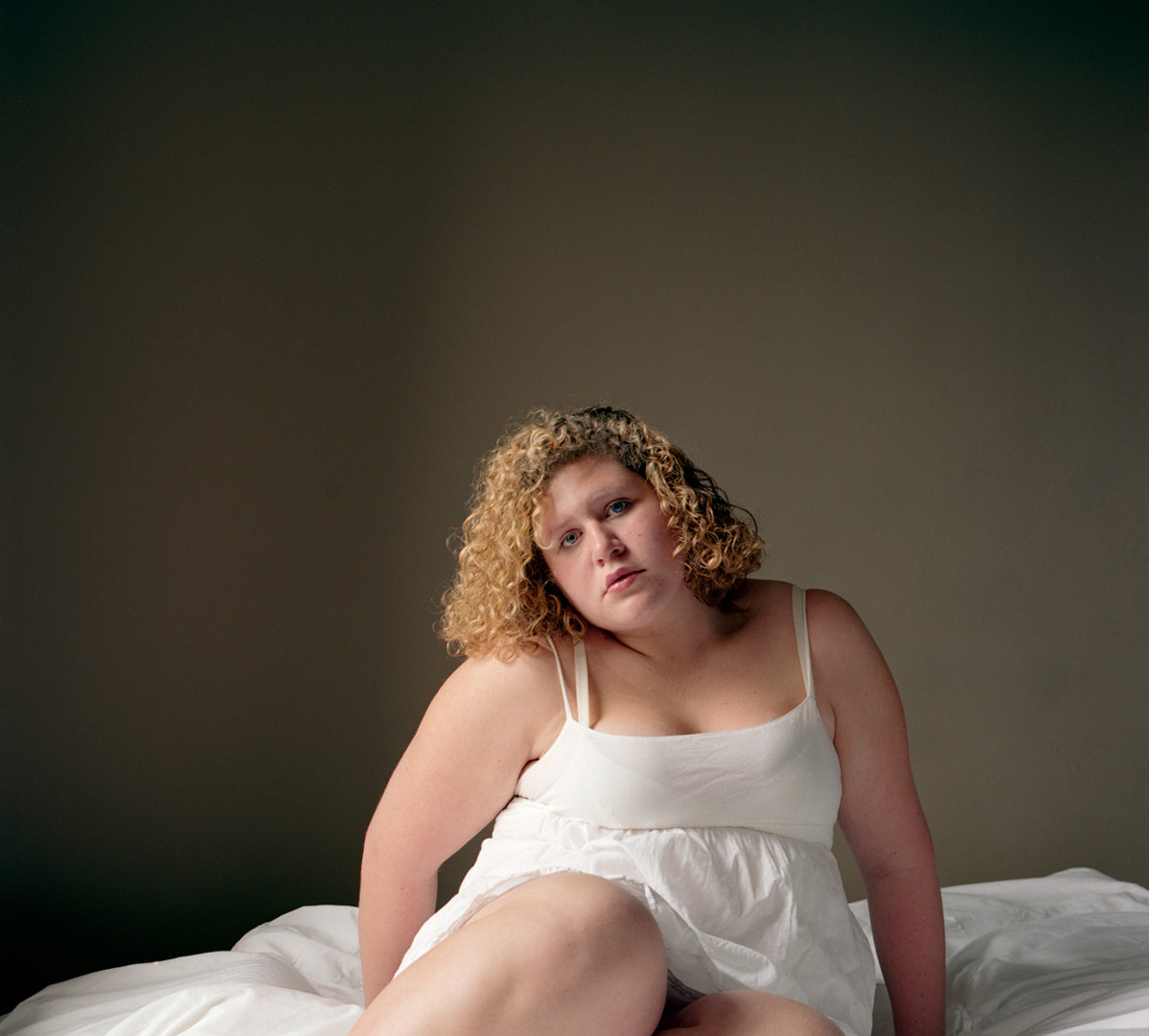 Jocelyn Lee, Untitled (Siggy at Chelsea Hotel), 2009