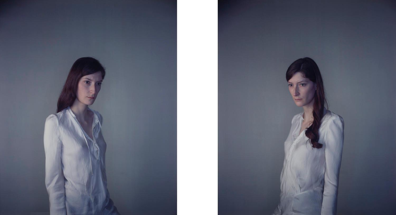 Richard Learoyd, Jasmijn away from Light / Jasmijn to the Light, 2010