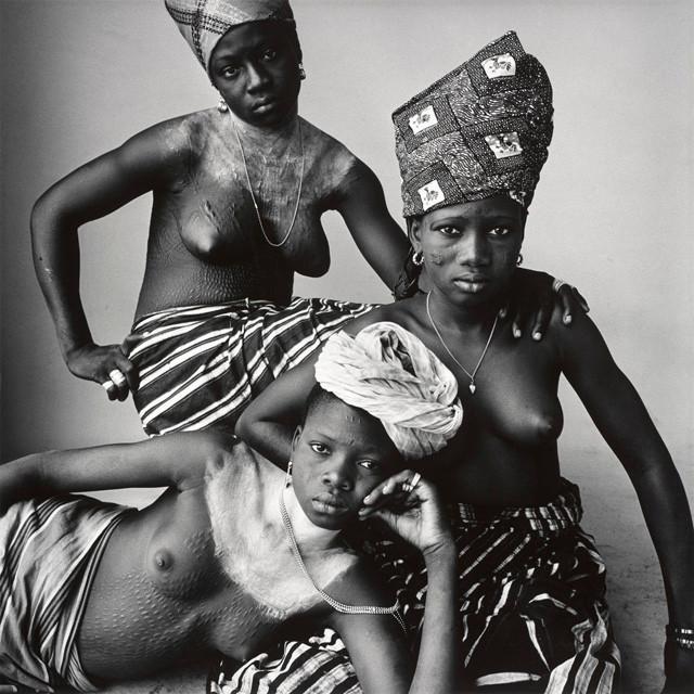 Irving Penn, Three Dahomey Girls, One Reclining, Dahomey, 1967