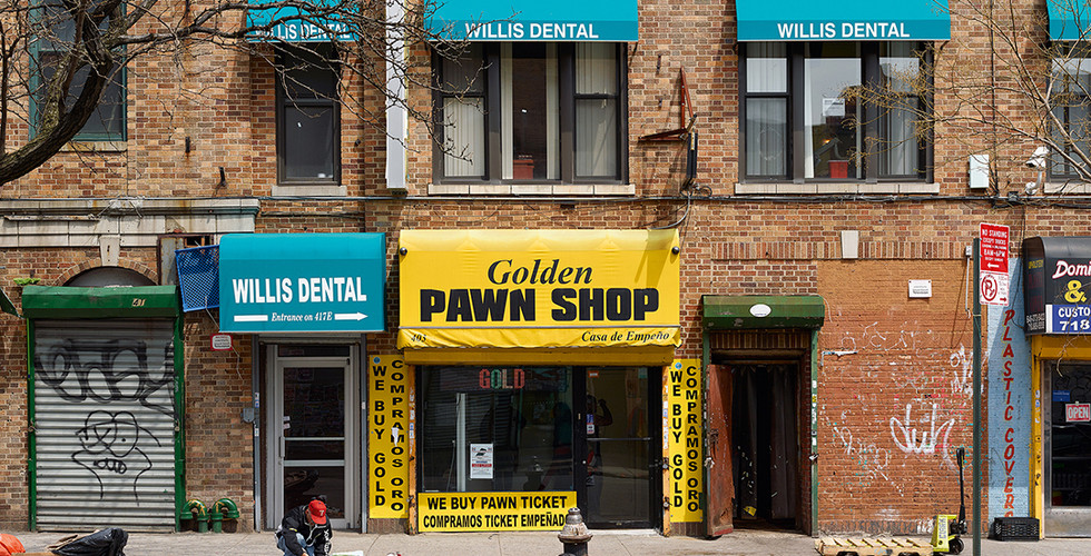 Paul Graham, Golden Pawn Shop, Bronx, New York, 2013