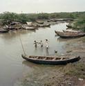 Jim Goldberg, Teki Drain River, India, 2008/2014