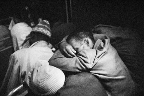 David Goldblatt, 4:00 am. Going to work: Wolwekraal - Marabastad bus, more than an hour and a half still to go, 1983