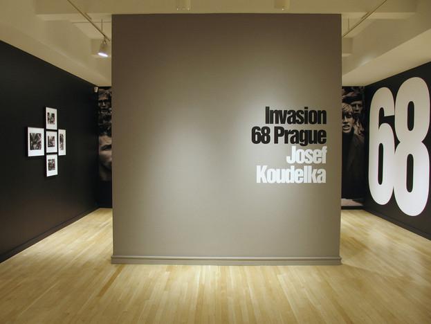 Josef Koudelka: Invasion 68 Prague | Judith Joy Ross: Protest