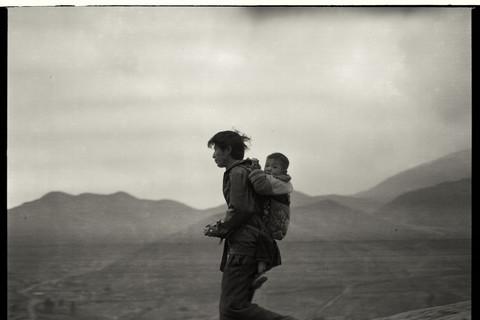 Adou, Father and Son Going Home, 2006