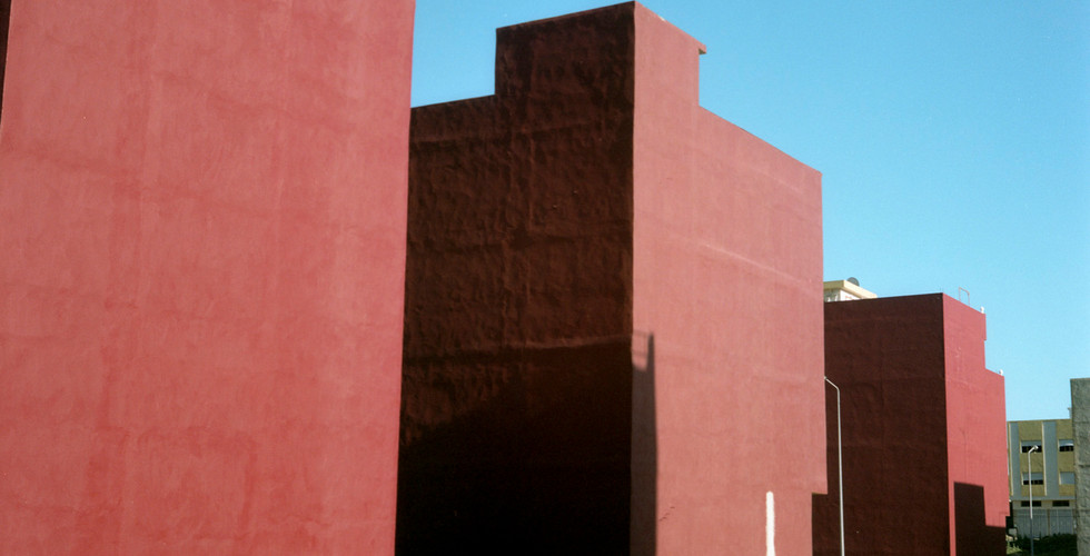 Yto Barrada, Trois immeubles rouges (Three red buildings), Tangier, 2008