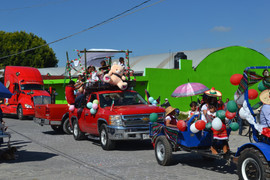 Desfile 16 de Sep11.jpg