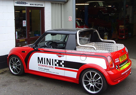 MINI Pick up 2.jpg