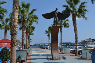 An Alien in Spain Visits - Spain (Aguilas)