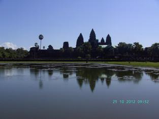 An Alien in Spain - Visits Cambodia (Siem Reap / Angor Wat)