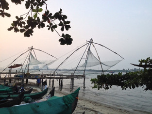 An Alien in Spain - Visits India (Fort Kochi)